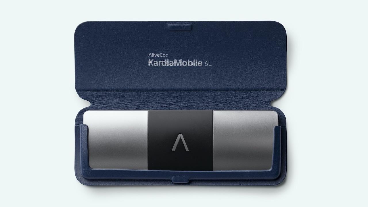 KardiaMobile 6L, tecnologia e sicurezza a portata di mano thumbnail