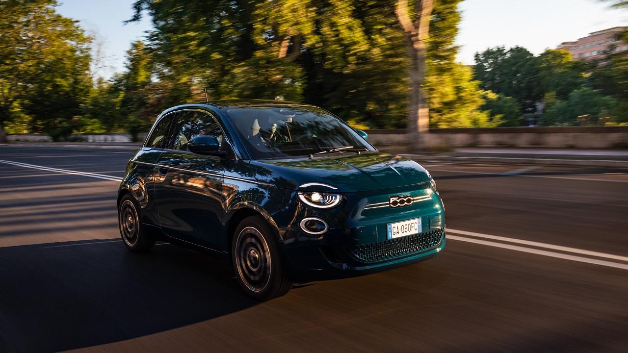 Debutta a Torino LeasysGo!, il servizio di car sharing del Gruppo FCA thumbnail