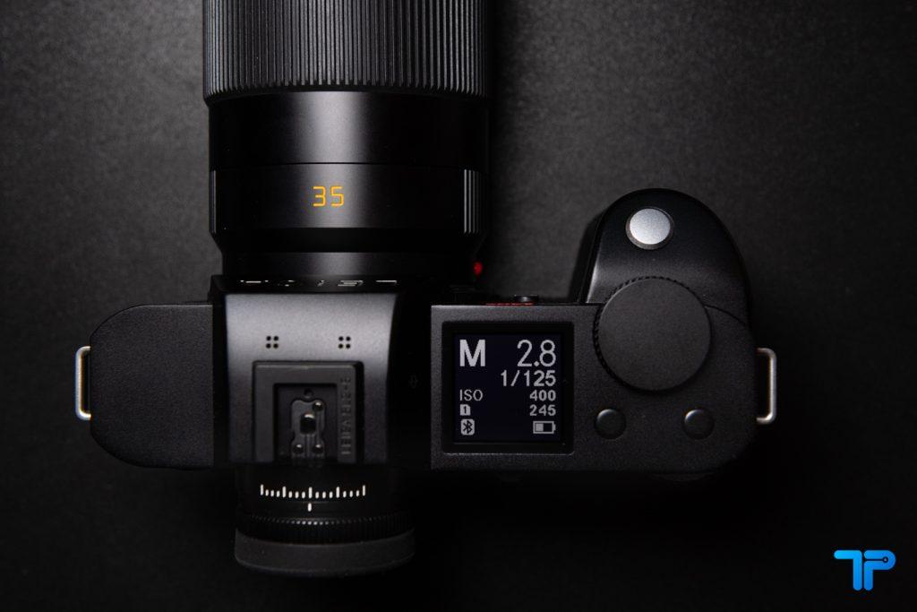 Leica SL2-S corpo ed ergonomia