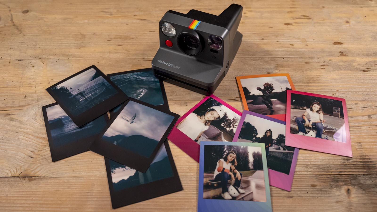 Polaroid Now: il fascino della fotografia istantanea thumbnail