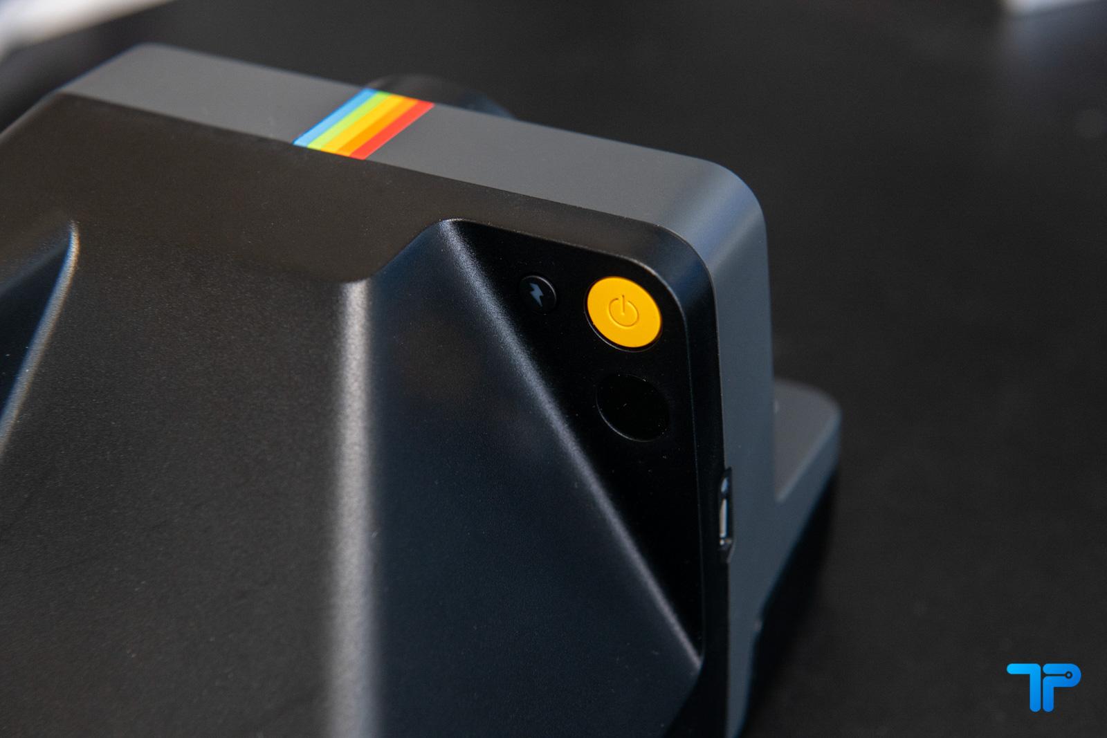 Polaroid now recensione tasto accensione