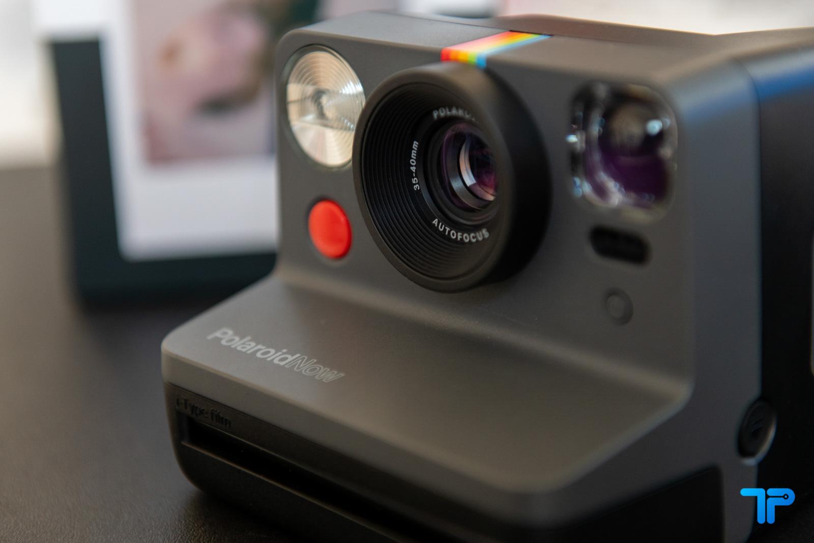 obiettivo Polaroid now fotocamera istantanea