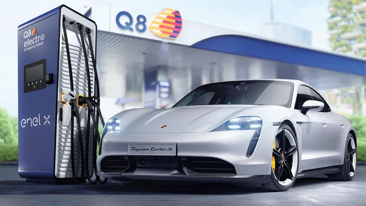 Il 2021 di Porsche: vendite in crescita e infrastrutture per le auto elettriche con Q8 ed Enel X thumbnail