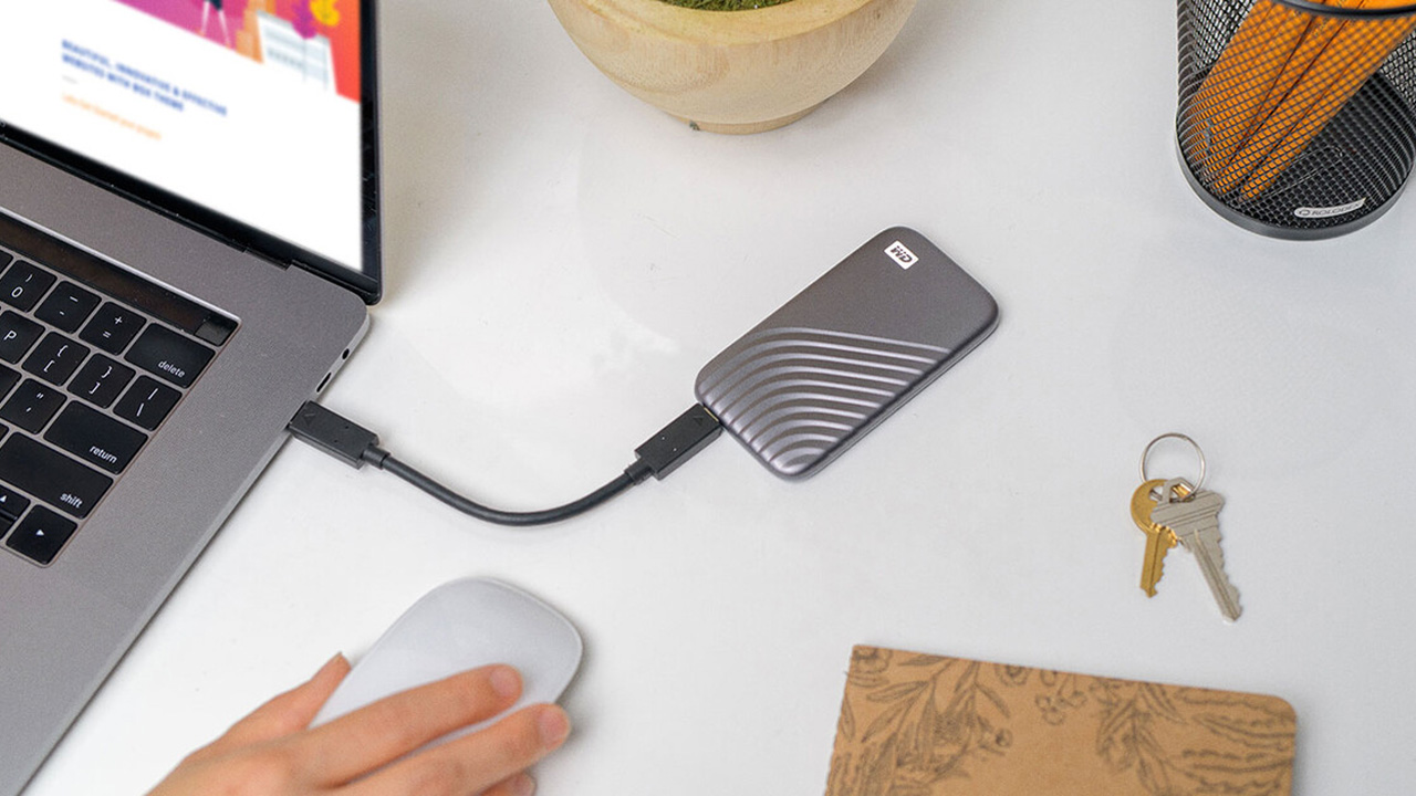 Western Digital amplia il suo portfolio con i nuovi SSD portatili da 4TB thumbnail