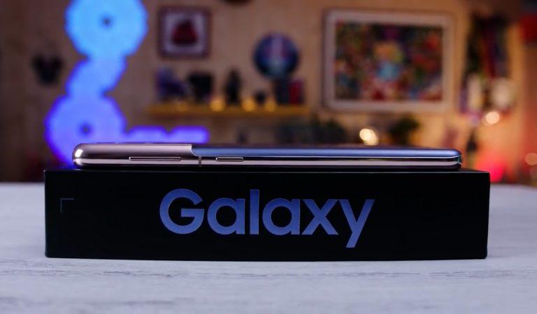 La recensione di Samsung Galaxy S21. Un vero top senza compromessi