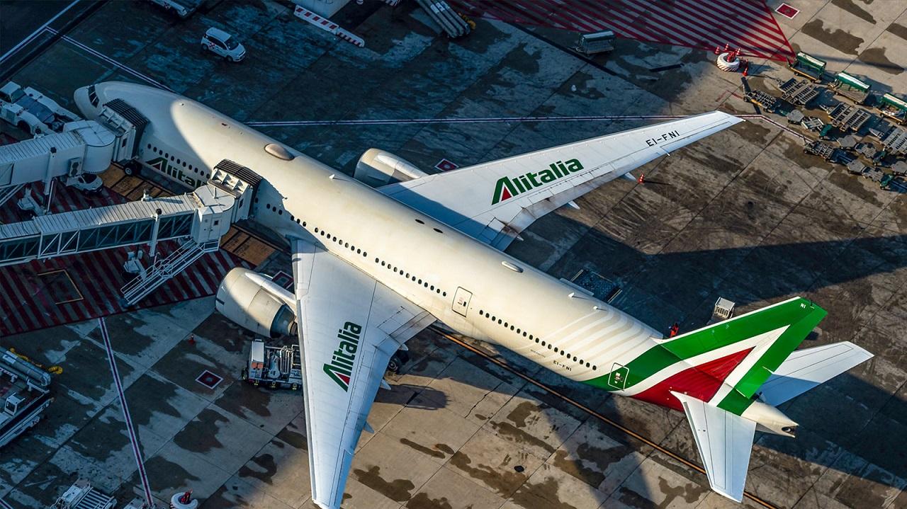Il primo travel pass Covid arriva sui voli internazionali Alitalia thumbnail