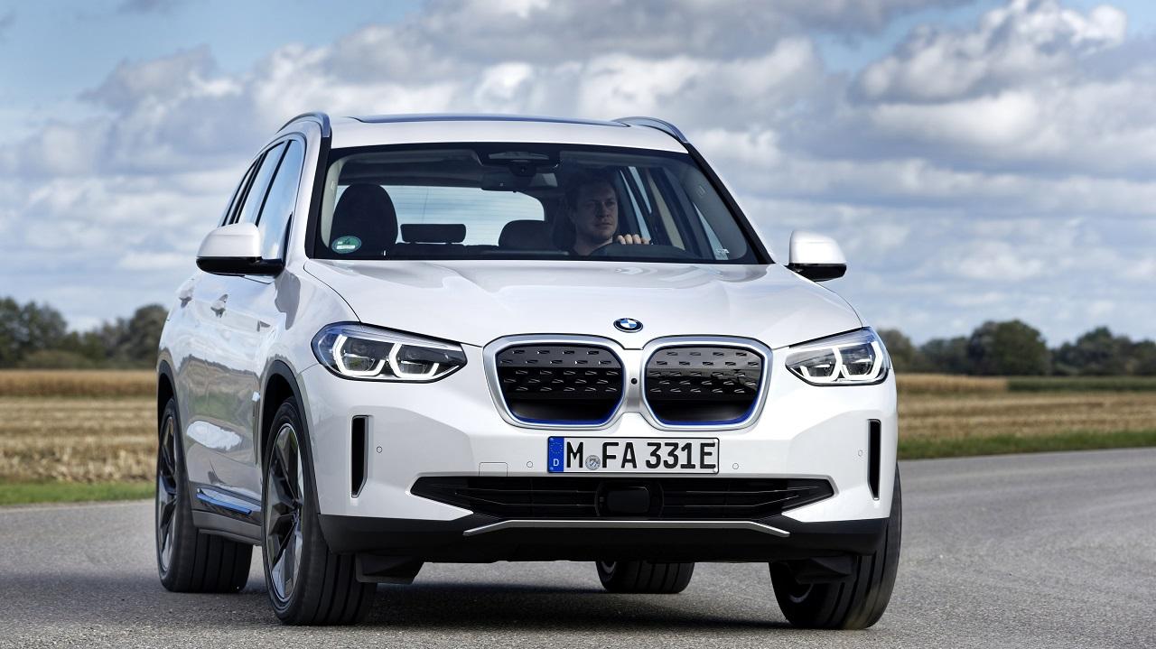 BMW Group si conferma leader del segmento premium nel 2020 thumbnail