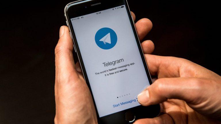 chat Telegram WhatsApp