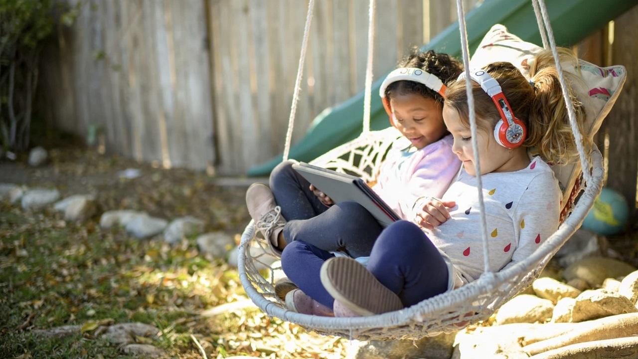 Le cuffie per bambini di ONANOFF ricevono il CES 2021 Innovation Award thumbnail