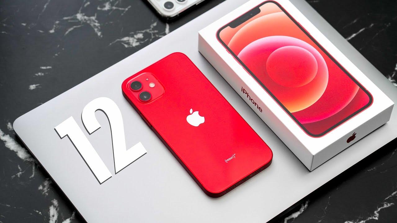 Tutte le versioni dell'iPhone 12 in offerta su Amazon thumbnail
