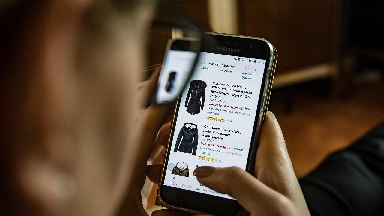 Raddoppia l'interesse degli italiani per gli acquisti online thumbnail