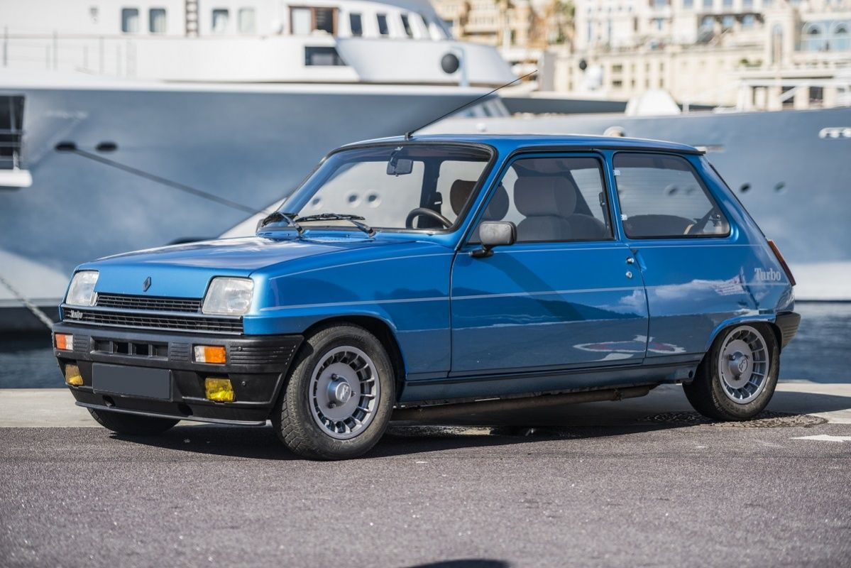 La Renault R5 Alpine Turbo, la prima piccola Renault a marchio Alpine