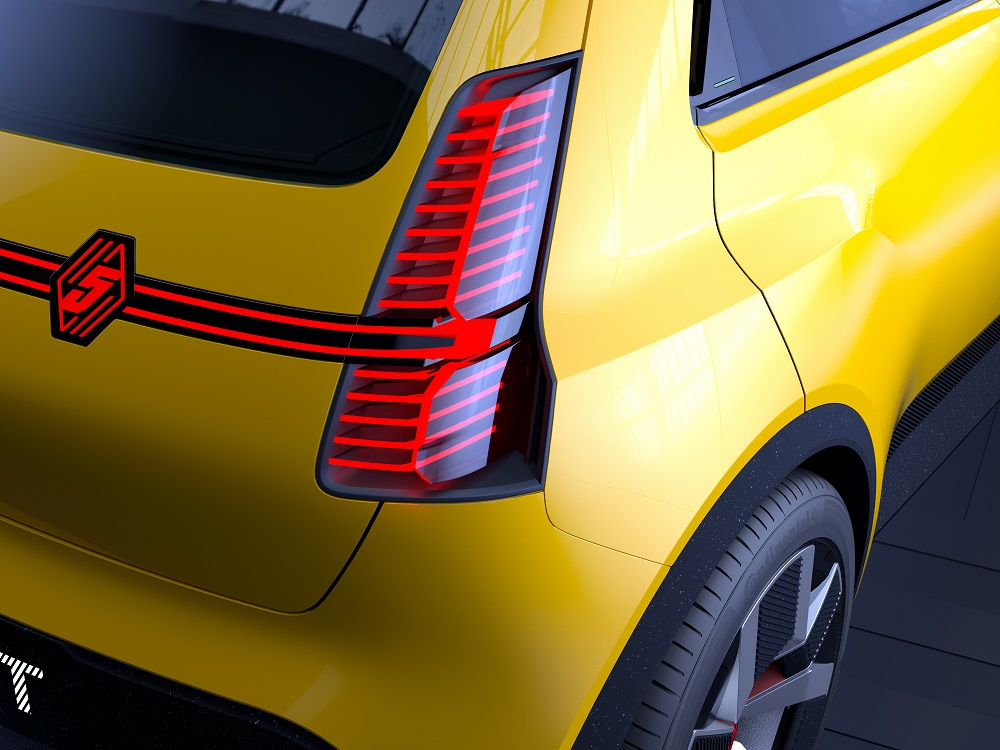 Renault R5 Prototype, la reincarnazione elettrica dell'icona Renault