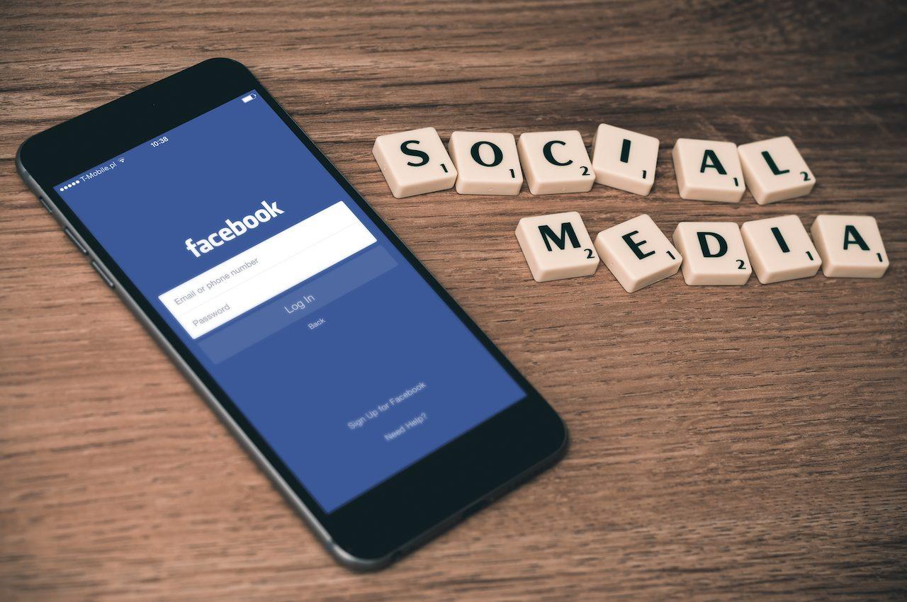 Facebook e Google accordo jedi blue