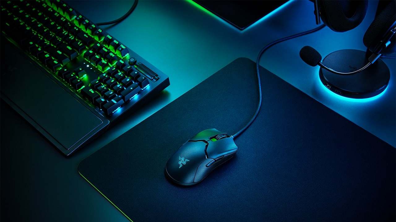 I prodotti Razer in offerta su Amazon per la Gaming Week thumbnail