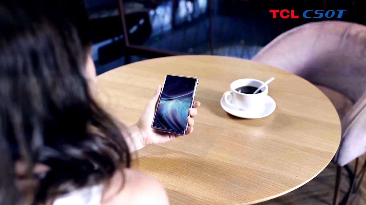 tcl tv 6.7-inch AMOLED Rollable Display 5 ces 2021