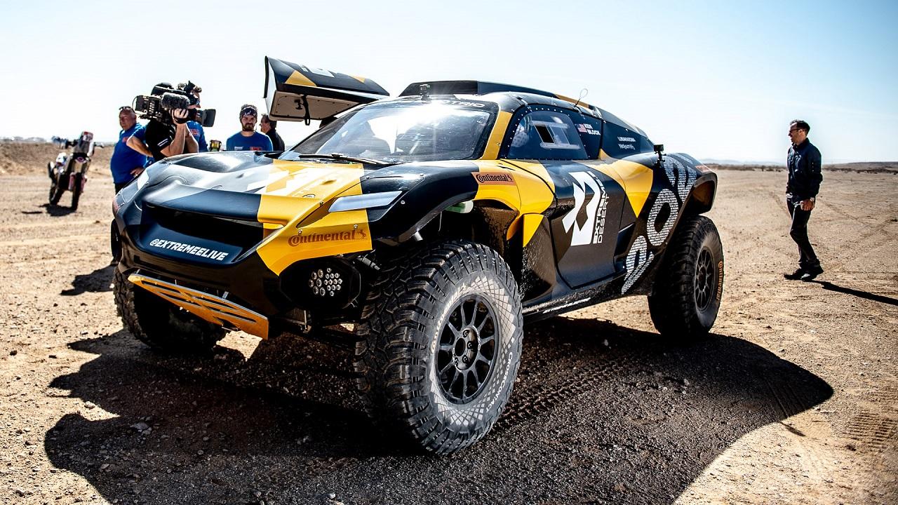Extreme E: il campionato per SUV elettrici partirà ad aprile thumbnail