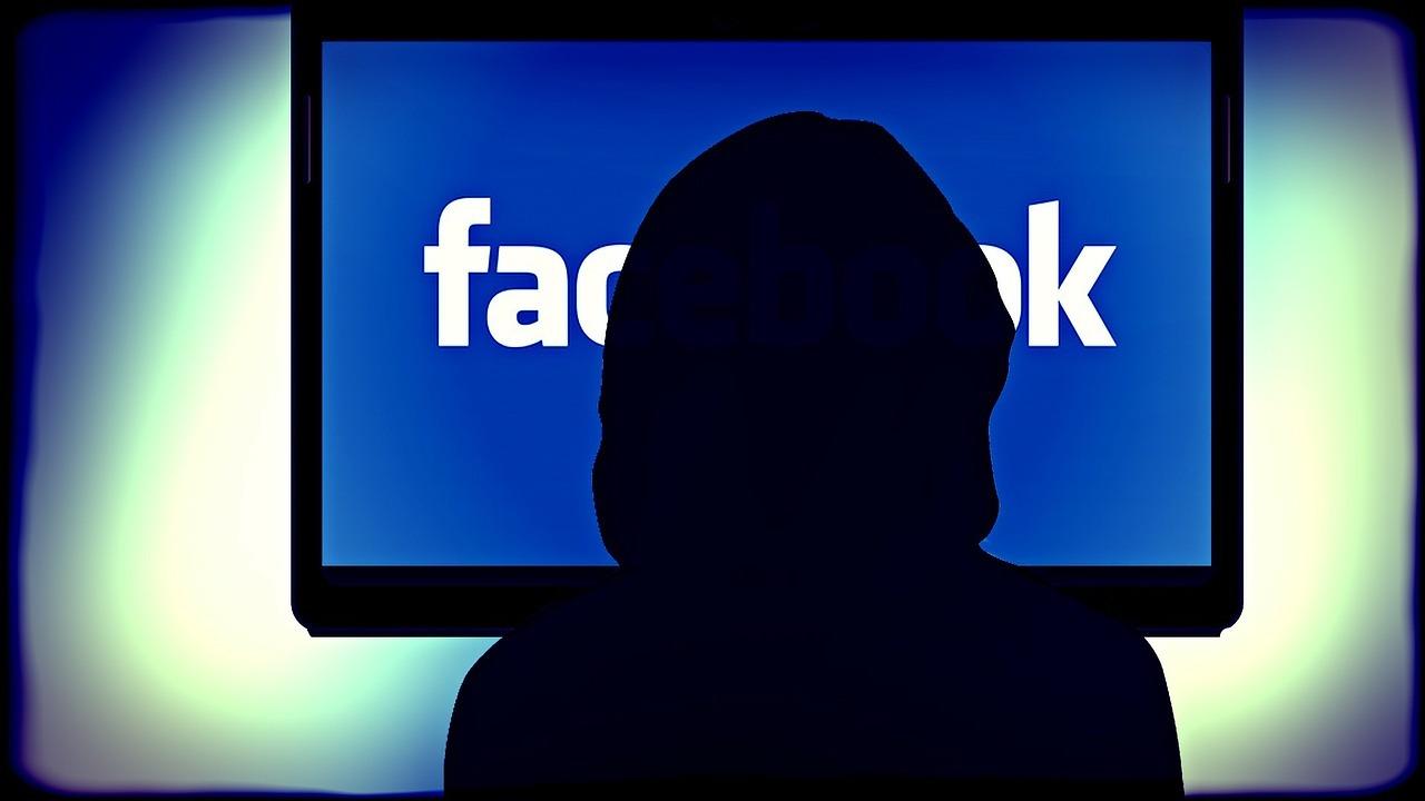 Facebook: le mani degli hacker su 35 milioni di account italiani thumbnail