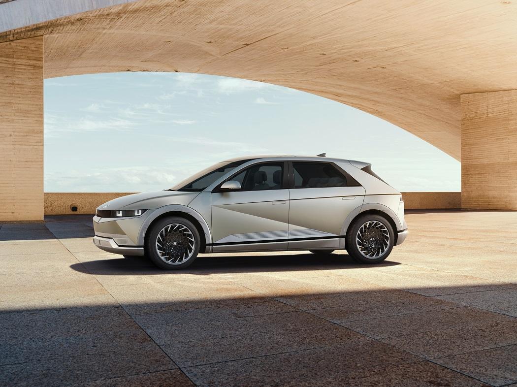 Profilo laterale Hyundai Ioniq 5 2021