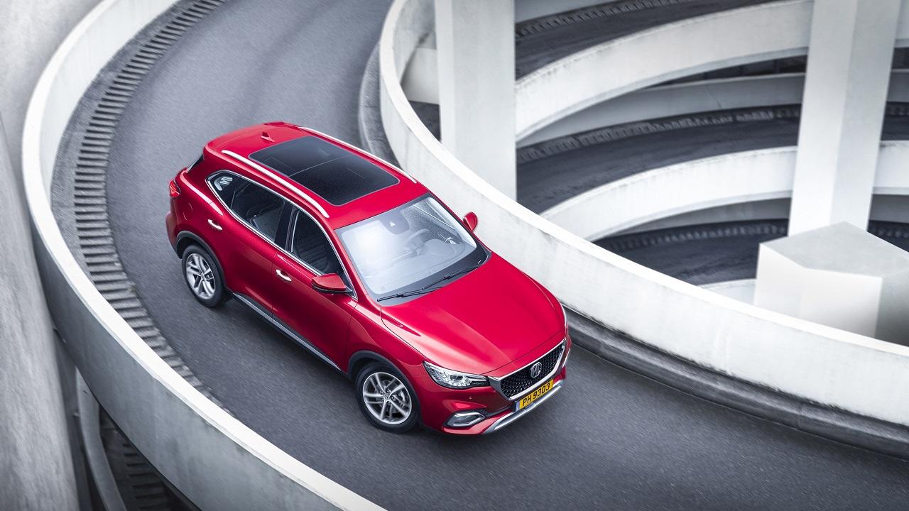 MG EHS Plug-In Hybrid, il SUV ibrido dal grande rapporto qualità-prezzo. Il prossimo fenomeno del mercato? thumbnail