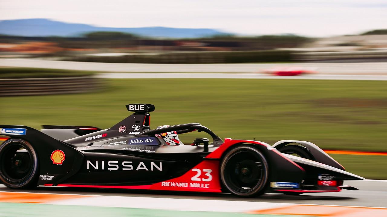 Nissan si prepara alla partenza della nuova stagione di Formula E thumbnail