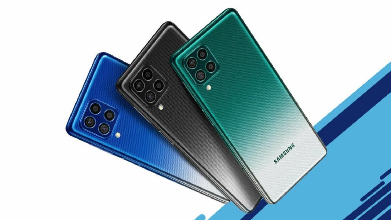 Samsung ha mostrato l'incredibile smartphone con batteria da 7.000mAh thumbnail