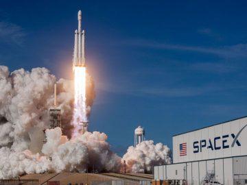 navicella di SpaceX esplosa