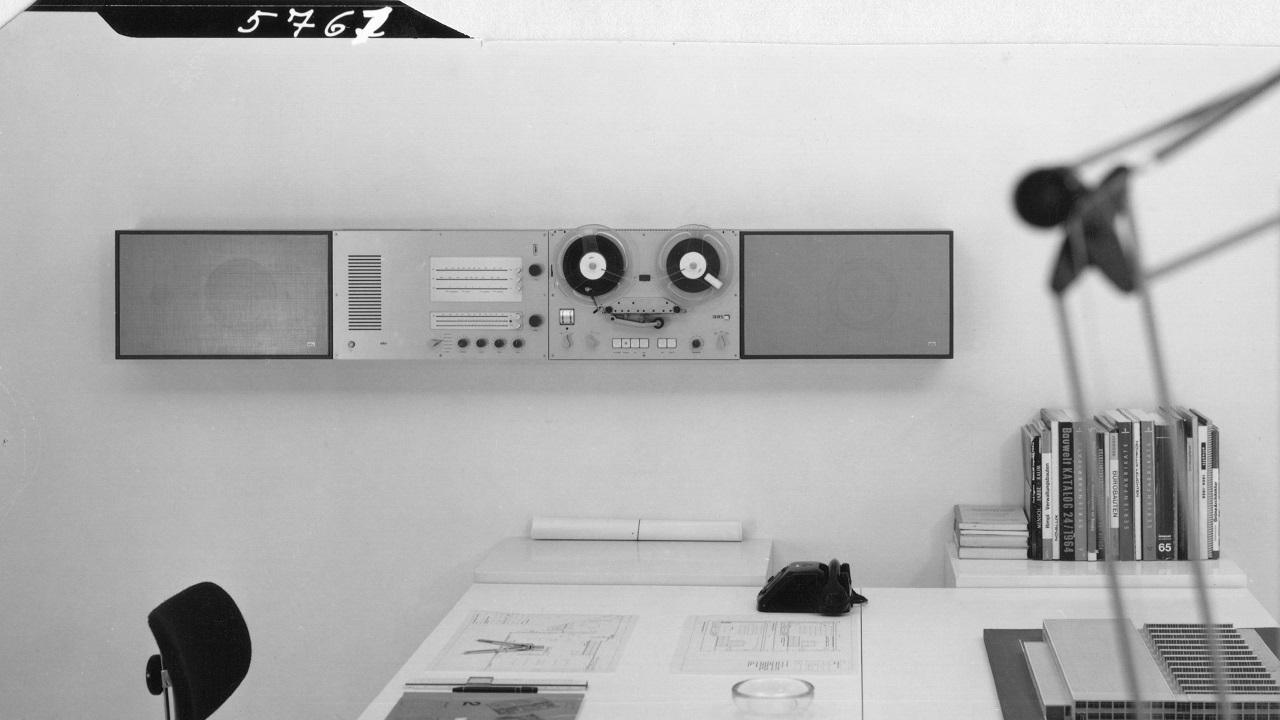 Braun celebra i suoi primi 100 anni con una collaborazione con Virgil Abloh thumbnail