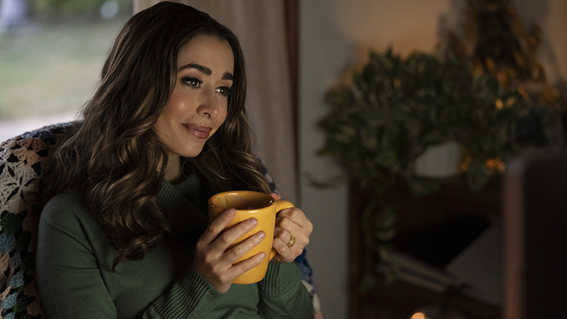 foto cristin milioti kathy flowers in death to 2020