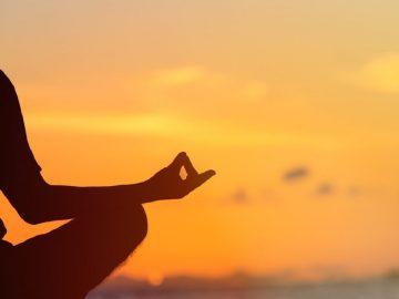 fitbit meditazione deepak chopra premium