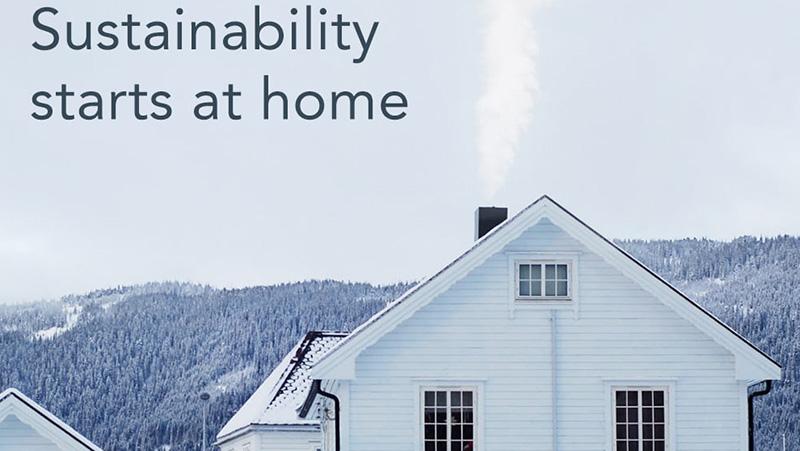 casa sulla neve