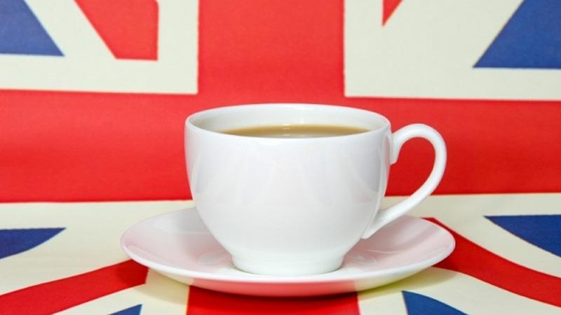 tazza di té su bandiera del regno unito