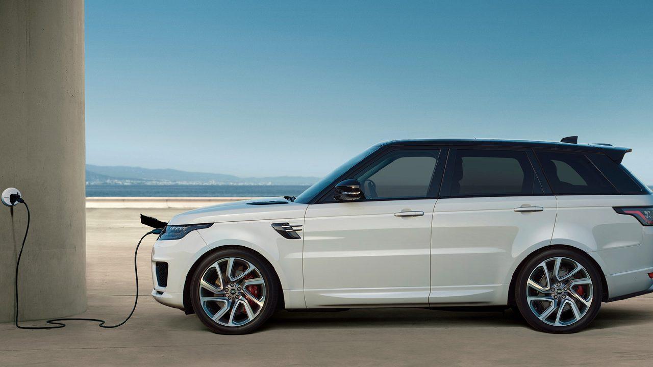 Jaguar Land Rover e Enel X insieme per la mobilità elettrica thumbnail