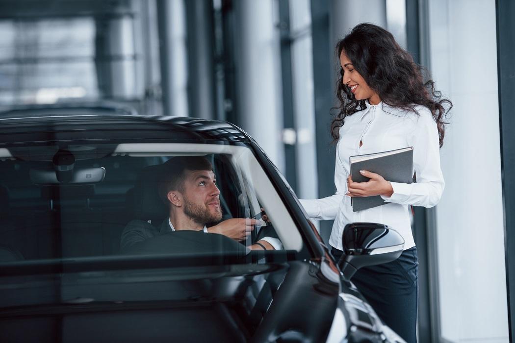 concessionario auto noleggio a lungo termine