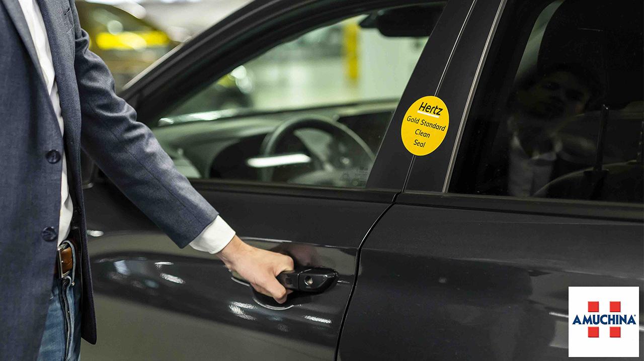 Hertz, un noleggio auto ancora più sicuro grazie ad Amuchina thumbnail