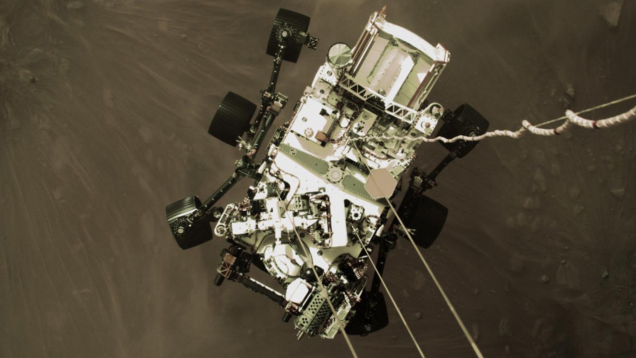 Perseverance, la NASA pubblica il video inedito dell'atterraggio su Marte thumbnail