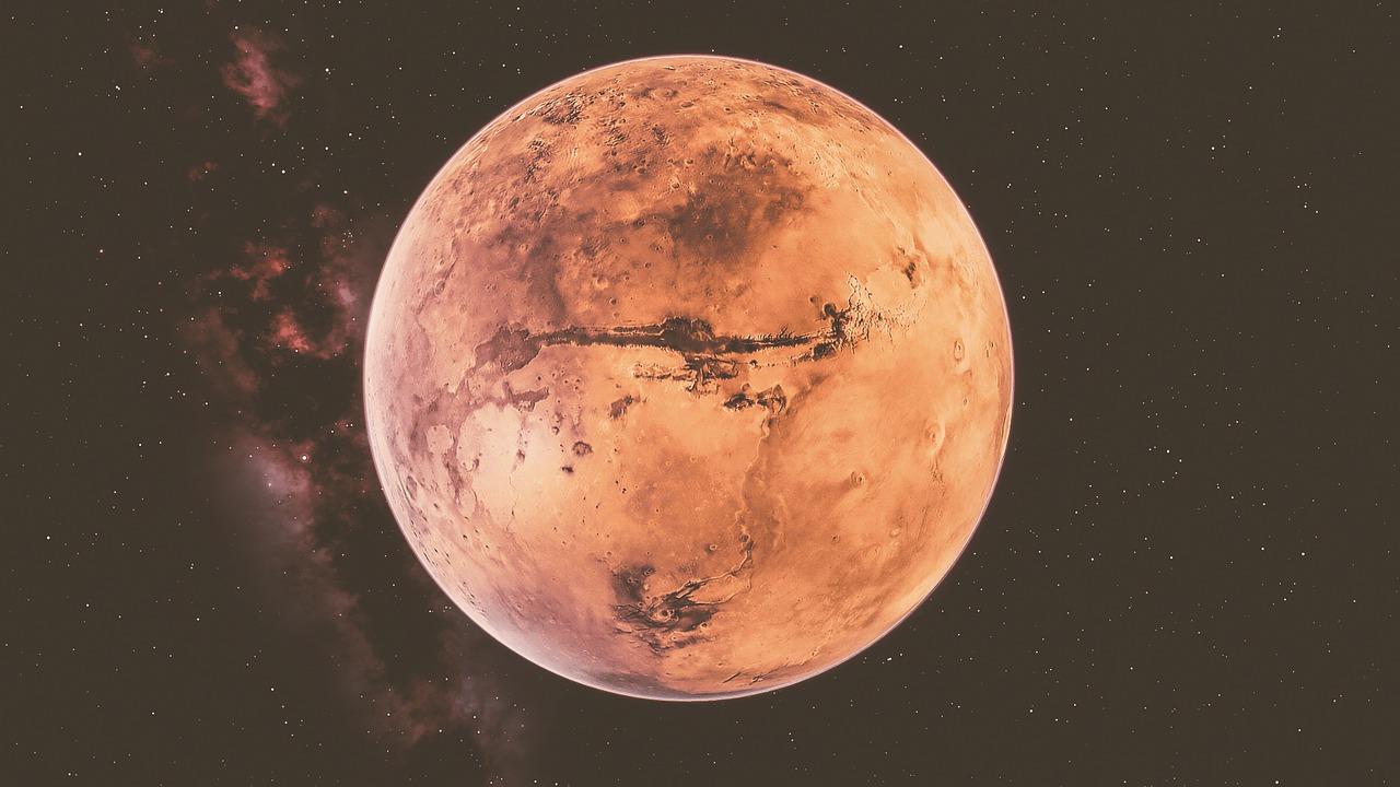 La sonda degli Emirati Arabi nell'orbita di Marte thumbnail