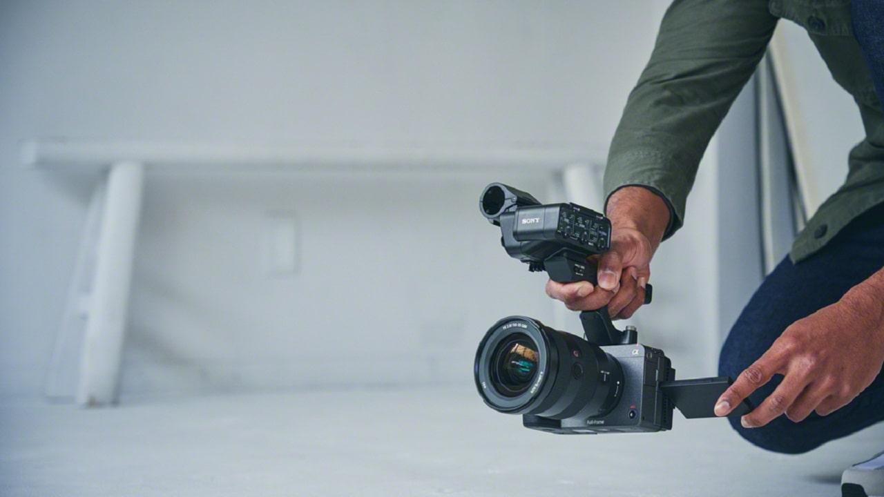 Ecco Sony FX3, la nuova videocamera full-frame per i creatori di contenuti thumbnail