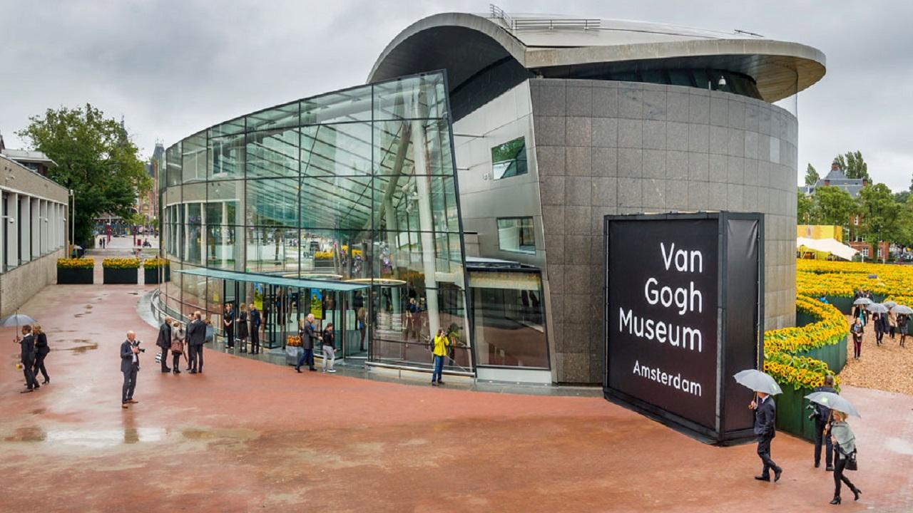 Alla scoperta dei musei e i luoghi più interessanti in Europa, direttamente da casa nostra thumbnail