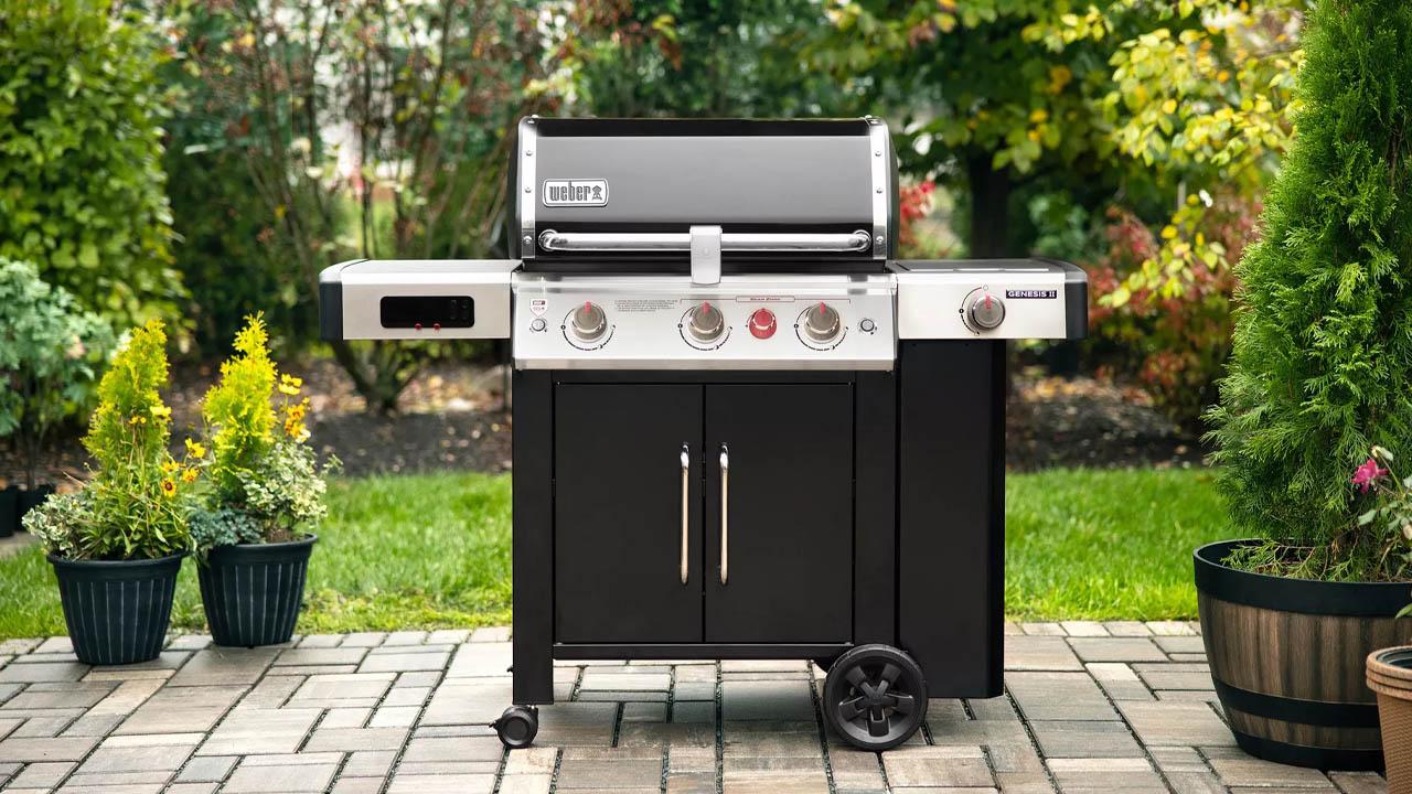 I nuovi barbecue a gas smart di Weber per una cottura sempre connessa thumbnail