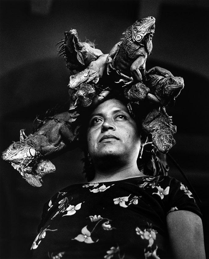 © Graciela Iturbide, Nuestra Señora de las Iguanas, Juchitán, México, 1979