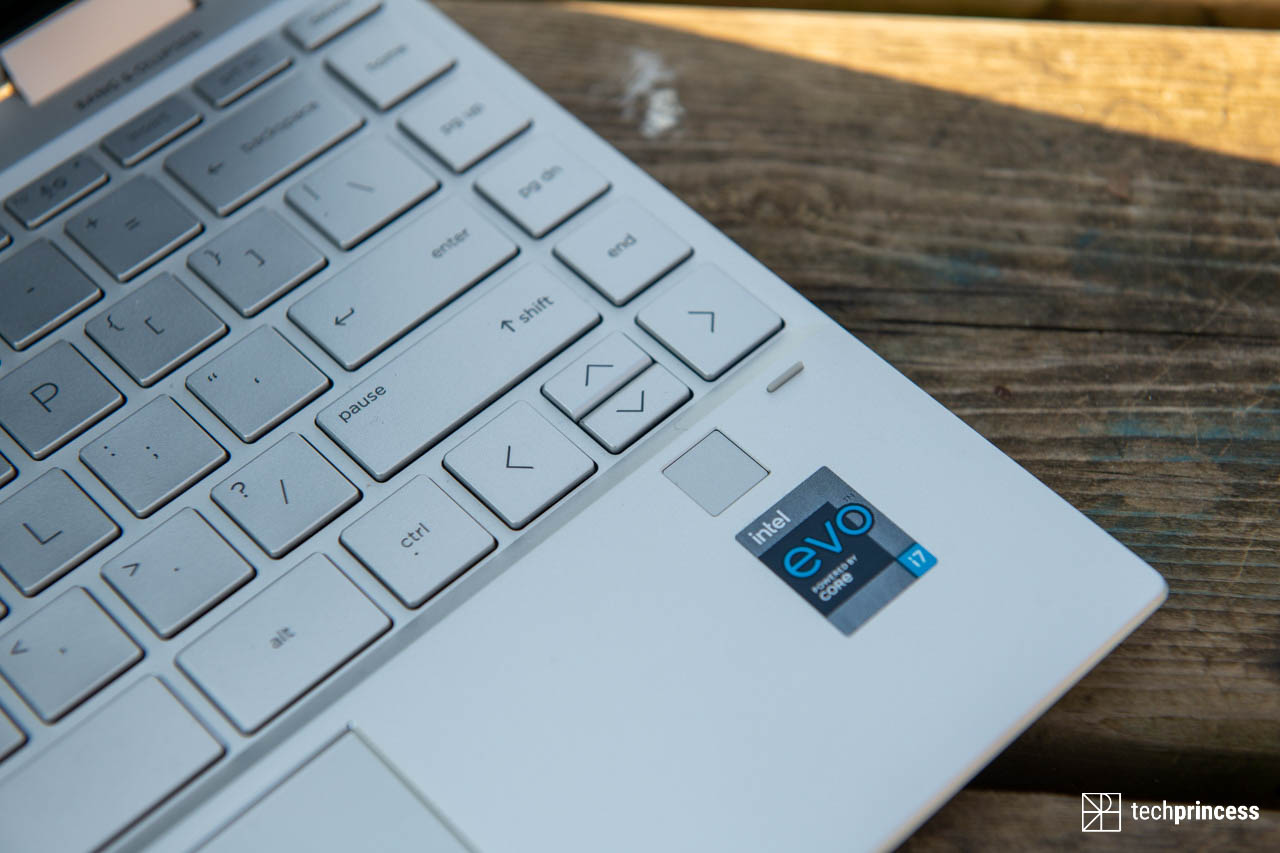 La recensione di HP Spectre x360 con Intel Evo. Votato alla mobilità thumbnail