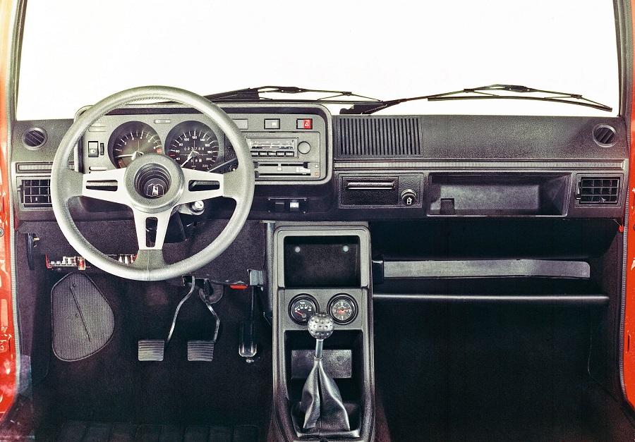 Hot Hatch anni '70 Golf GTI (1976)