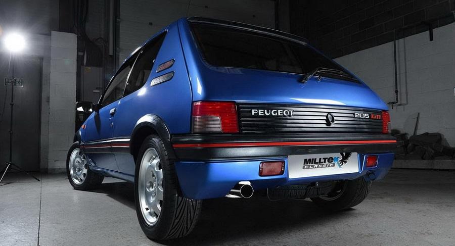 Hot Hatch anni '80 Peugeot 205 GTI