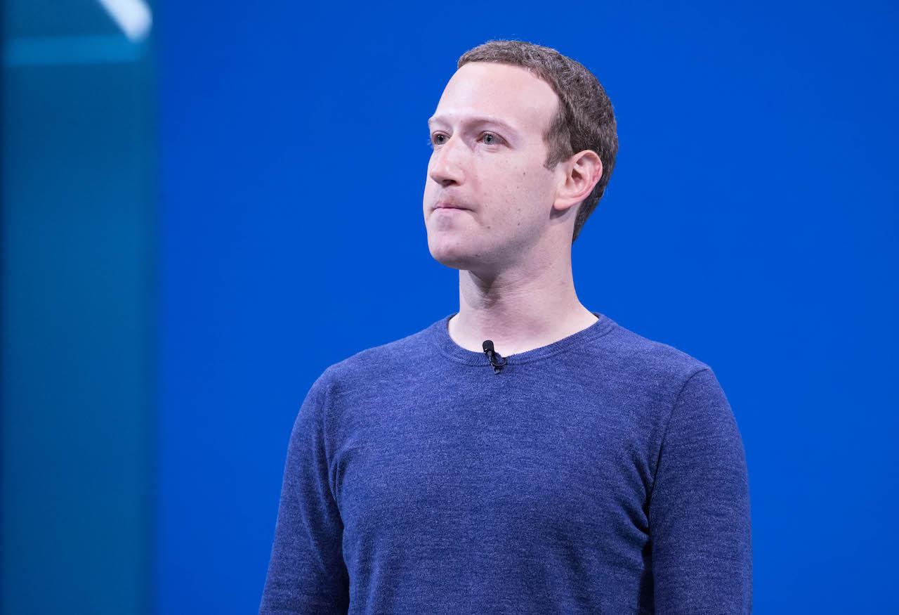 Mark Zuckerberg cambia idea sulla privacy di Apple thumbnail