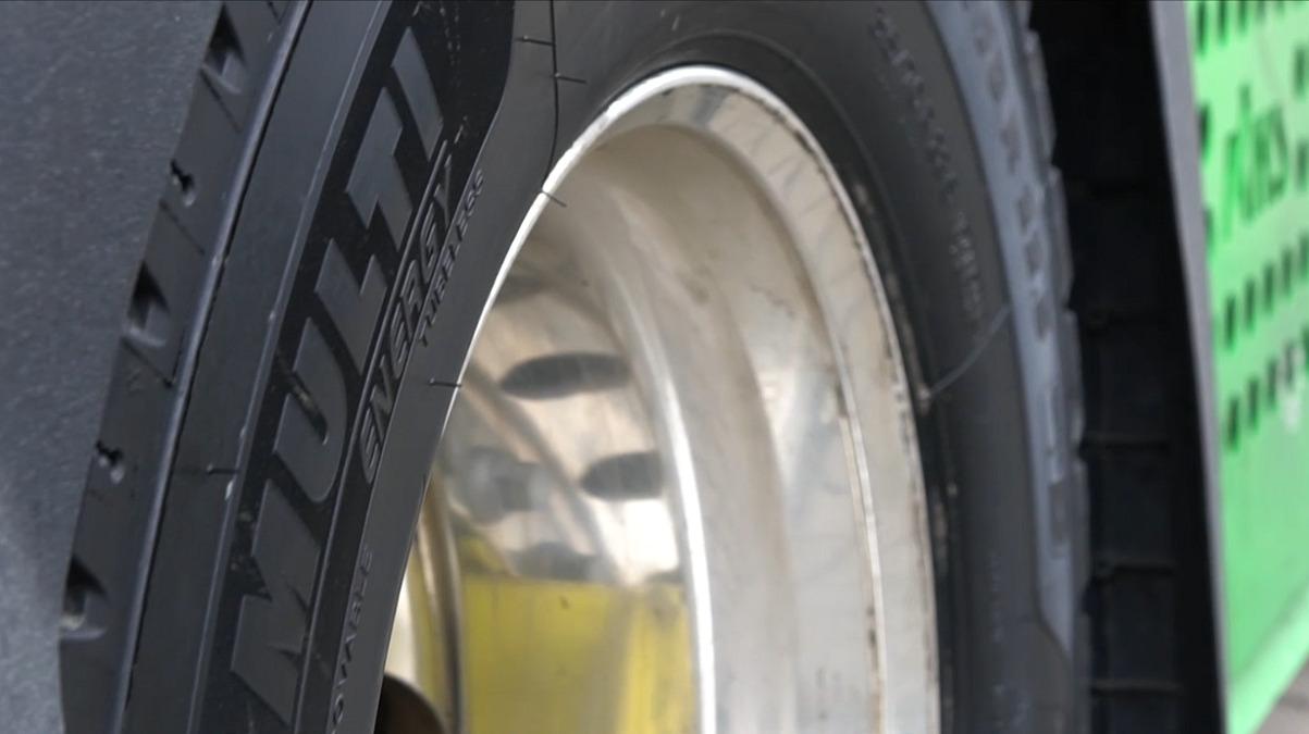 La gamma Michelin X Multi Energy si rinnova con due pneumatici thumbnail