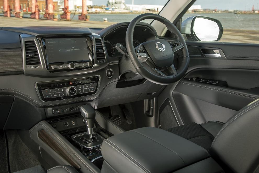 Migliori pick-up ssangyong rexton interni