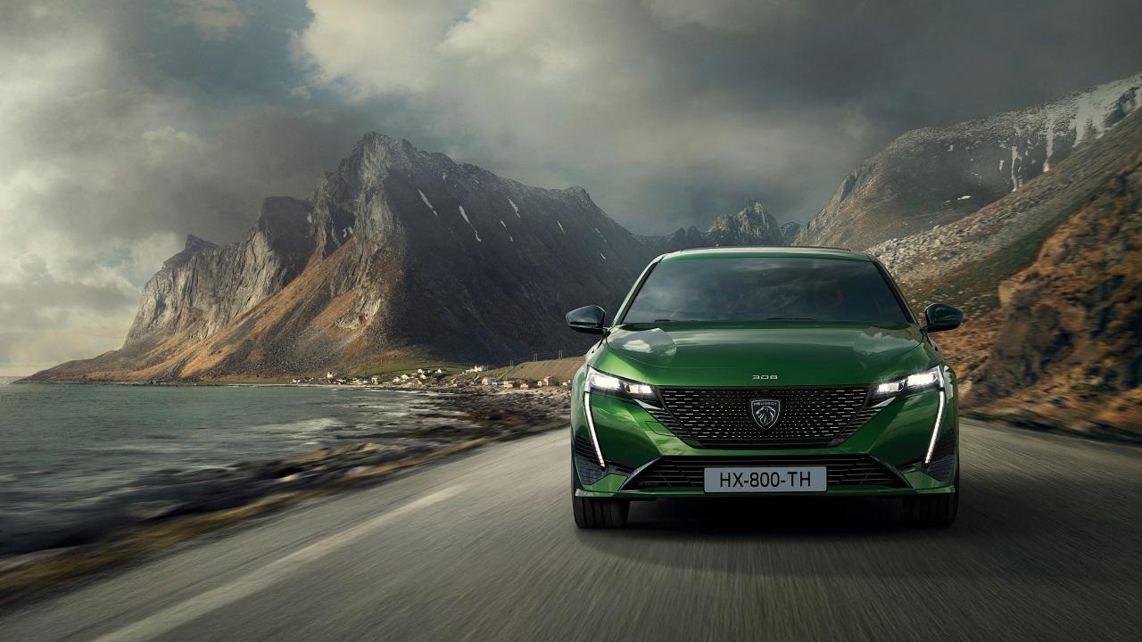 Peugeot 308 2021, svelata la terza generazione: estetica da urlo e tecnologia anche sotto al cofano thumbnail