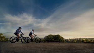 Porsche svela due bici elettriche di lusso: Sport e Cross  Le e-bike sono già disponibili all'acquisto direttamente dal sito Porsche