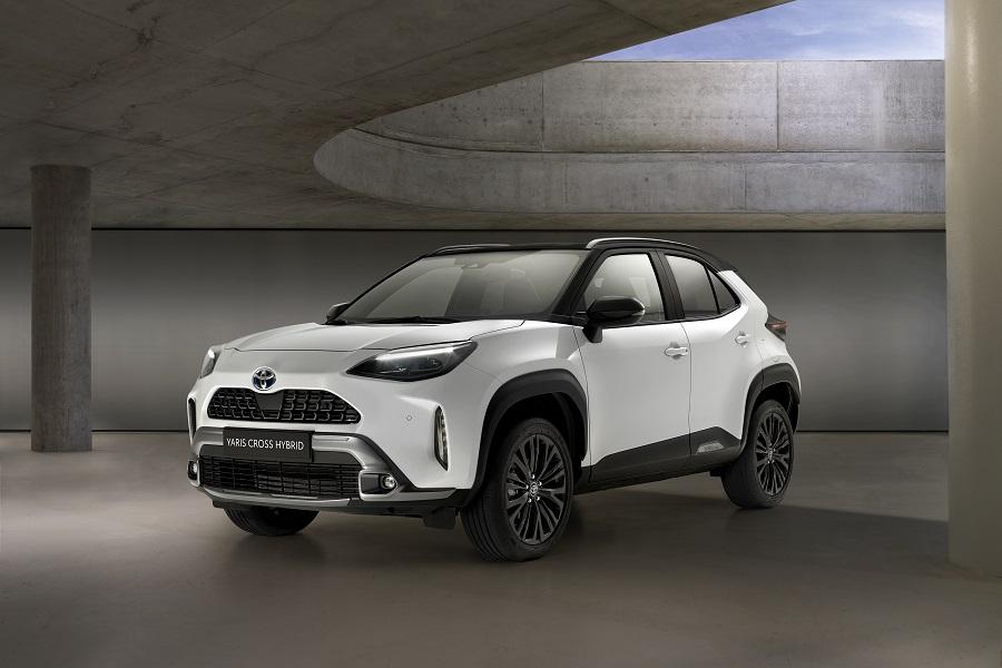 Toyota Yaris Cross 2021 anteriore